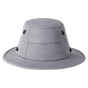 392aa7000 Tilley Hats